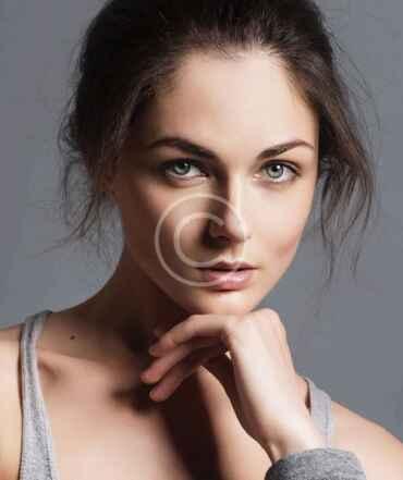 Miranda Stevens - mykonos callgirl
